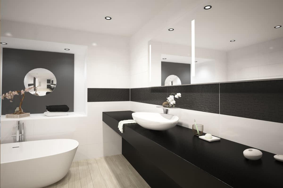 Zwart wit badkamer met spanplafond en ledverlichting