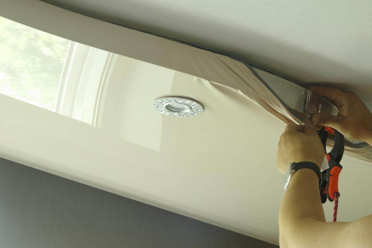 spanplafond plaatsen voorbeeld