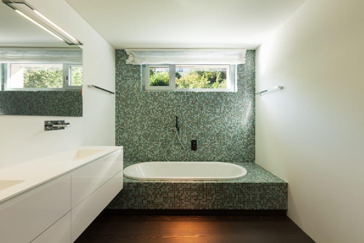 spanwand spanplafond badkamer